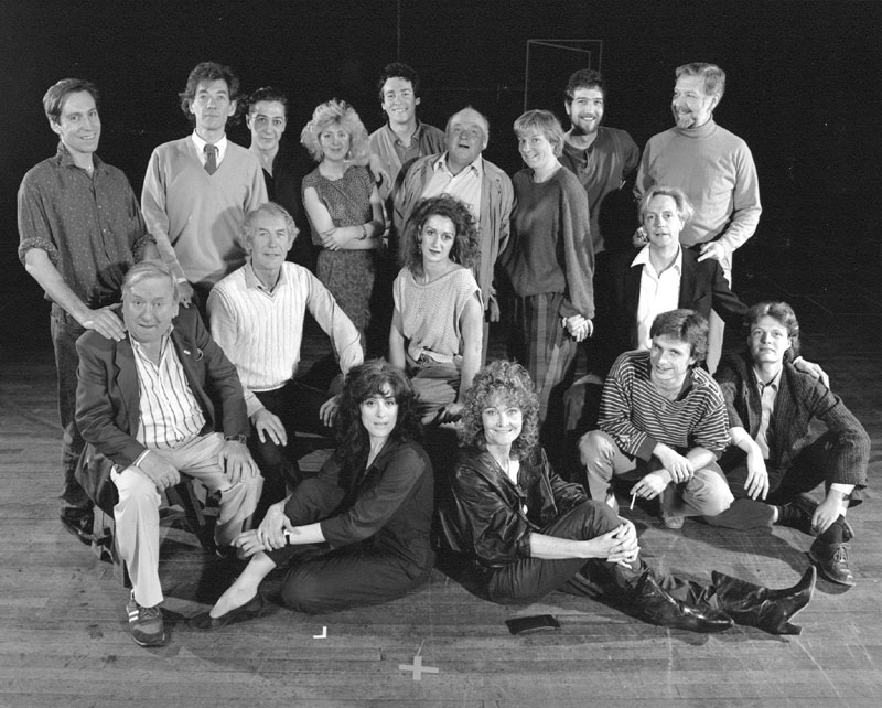 The McKellen/Petherbridge Group: Jonathan Hyde, Ian McKellen, Laurance Rudic, Claire Moore, Simon Dutton, Roy Kinnear, Selina Cadell, Greg Hicks, Stephen MacDonald, Hugh Lloyd, Peter Needham, Julie Legrande, Edward Petherbridge, Eleanor Bron, Sheila Hancock, Dikran Tulaine, Tristram Wymark<br><em> </em>