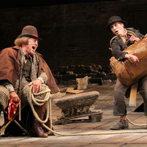 Pozzo (Shuler Hensley) and Lucky (Billy Crudup) in Waiting for Godot