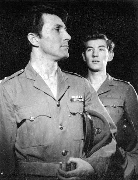 Lt. Brash (Mark Eden) and 2nd Lt. Mason (Ian McKellen)<br><em> </em>