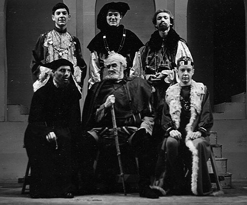 Cast (Ian McKellen upper left)<br><em>Percy C Rising</em>
