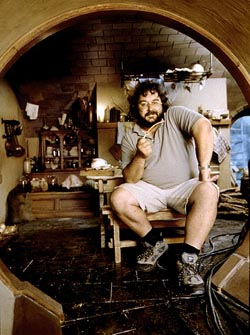 Peter Jackson on the set, Photo by Pierre Vinet / New Line Cinema