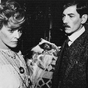 Janet Suzman (Frieda Lawrence)  and  Ian McKellen (D H Lawrence)