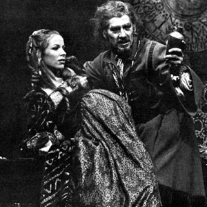 Mephistophiles (Emrys James), Duchess of Vanholt (Jean Gilpin), and Dr Faustus (Ian McKellen)