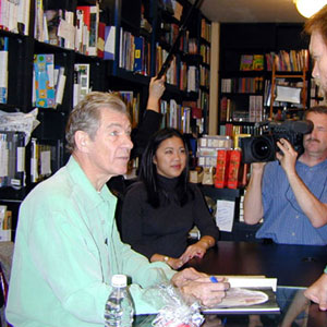 A surprised Magneto (Ian McKellen) meets Sabretooth (Tyler Mane) at Book Soup, West Hollywood, 19 January 2002