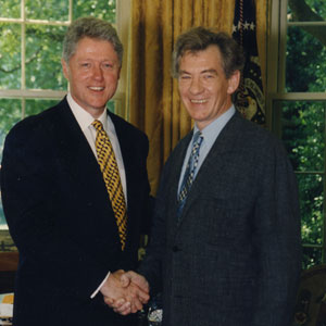 President Bill Clinton and Ian McKellen meet in the White House
