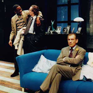 1998, PRESENT LAUGHTER: Rhashan Stone (Roland Maule), Timothly Walker (Henry), Ian McKellen (Garry Essendine)  - Photo by Keith Pattison