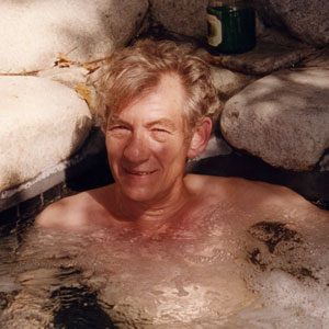 1998,   In the hot tub, Hollywood  - Photo by Stephen Moore