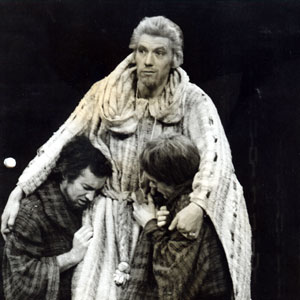 Squire (David Caldor) and Baldock (David Strong) with Edward II (Ian McKellen) in Heath Abbey