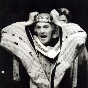 1969, EDWARD II: Edward II  - Photo by <a href='http://www.dundee.ac.uk/archives' target='_blank'>� Michael Peto Collection, University of Dundee</a>
