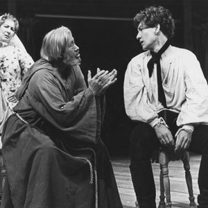 1976, ROMEO AND JULIET (1976): Nurse (Marie Kean), Friar Lawrence (David Waller) and Romeo (Ian McKellen)