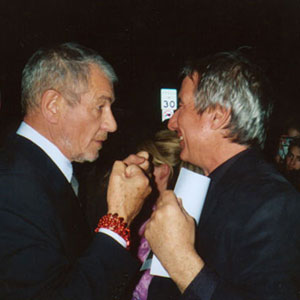 Ian McKellen and Keith Stern outside Vanity Fair party, Oscars 2004.