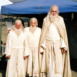 2000, THE LORD OF THE RINGS: RETURN OF THE KING: Basil Clapham (stunt/riding double), Ian McKellen, and Big Paul Randall.