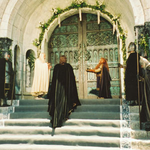 2003, THE LORD OF THE RINGS: RETURN OF THE KING: Wedding scene