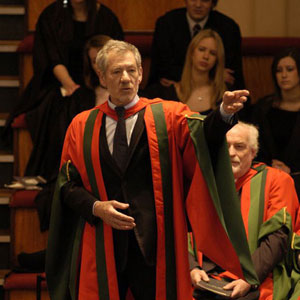 2004,   Ian McKellen recieves honorary degree from Leeds University, 29 April 2004  - Photo by Richard Moran