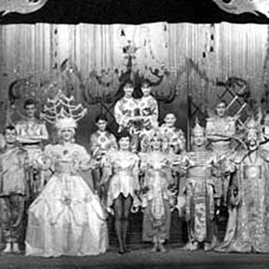 1962, ALADDIN & HIS WONDERFUL LAMP: The cast.  Ian McKellen (Tee Vee) at far left.  Others from left:  Irene French, Brendan Barry, Gawn Grainger, Irene Innescourt, Marti Webb, Peter Macriel, Jonathan Meddings, Josie Kidd, Colin Kaye
