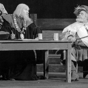 1959, HENRY IV PART 2 (Cambridge): Shallow (Ian McKellen) and Falstaff (Clive Swift)  - Photo by Edward Leigh