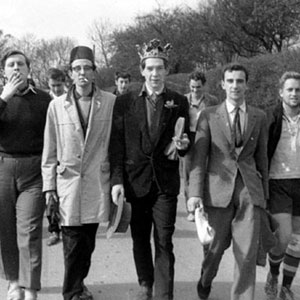 Cambridge: Tom Vernon, Mike Burrell, Trevor Nunn (rear), Ian McKellen, Robert Pennant-Jones, Nigel Brown