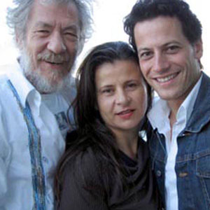 Ian McKellen, Tracey Ullman and Ioan Gruffudd, on Ians deck in Vancouver, 3 October