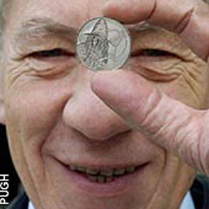 2003, THE LORD OF THE RINGS: RETURN OF THE KING: With British Miint Gandalf Coin  - Photo by Geoff Pugh