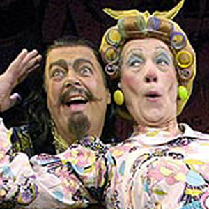 2005, ALADDIN: Abbanazar (Roger Allam) and Widow Twankey (Ian McKellen)  - Photo by Geraint Lewis