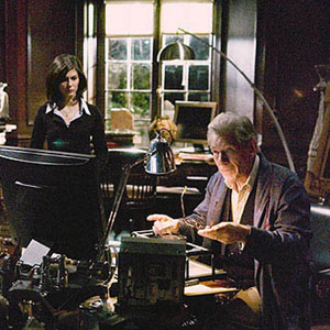 Sophie (Audrey Tautou) and Teabing (Ian McKellen) in his study