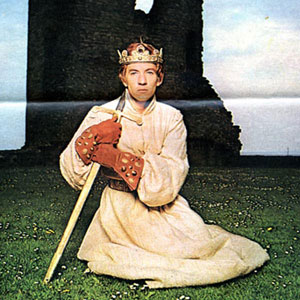 1970, RICHARD II (1970): King Richard for BBC TV  - Photo by Radio Times