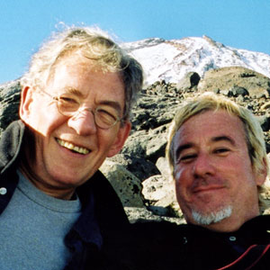 2000, THE LORD OF THE RINGS: THE FELLOWSHIP OF THE RING: Ian McKellen and Webmaster Keith Stern on slopes of Ruapehu  - Photo by Ian McKellen